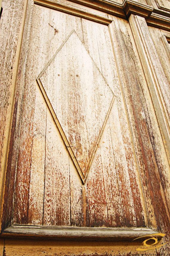 d:alt;d:alte;d:alter;d:Alter;d:altes;d:braun;d:brown;d:Holz;d:Material;d:Türe;e:age;e:door;e:material;e:old;e:wood